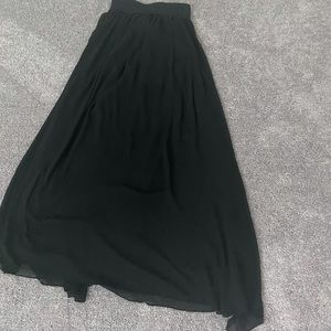 Nice sexy long rue 21 black maxi skirt